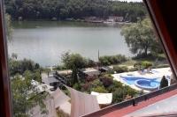 Вид на озеро из номера гостиницы toWelness Hotel